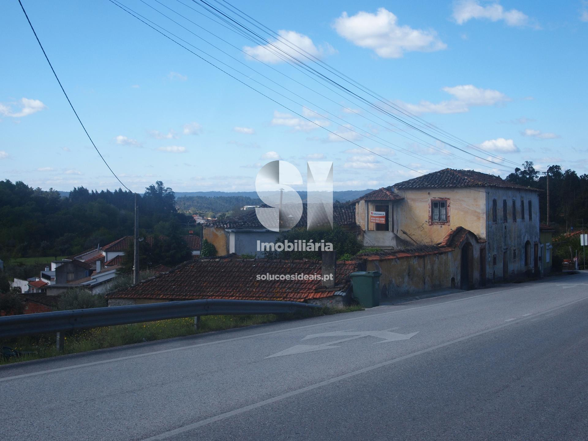 moradia para restaurar t3 para compra em vila nova de poiares poiares santo andre LSACS325
