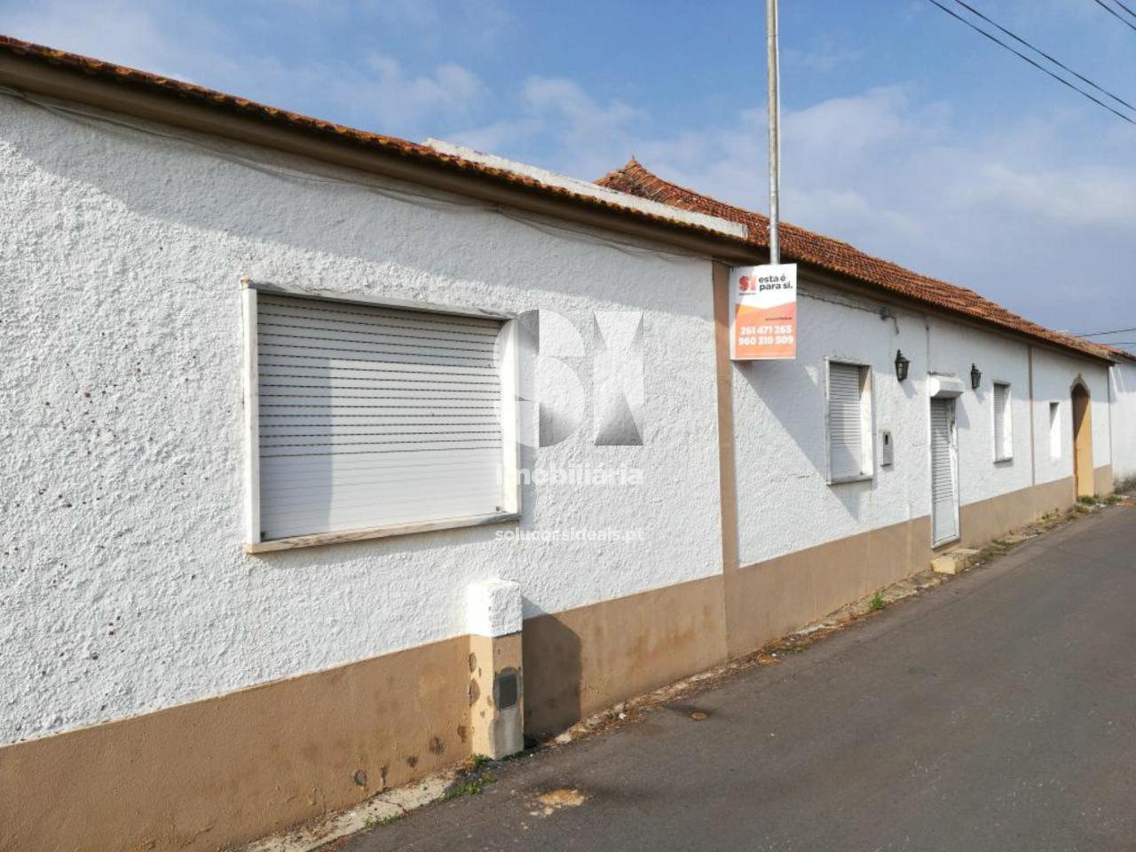 moradia isolada t4 para compra em torres vedras uniao das freguesias de campelos e outeiro da cabeca LFCRP334