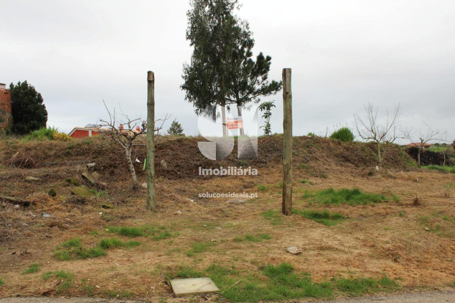terreno para compra em lourinha uniao das freguesias de miragaia e marteleira LFCPM425