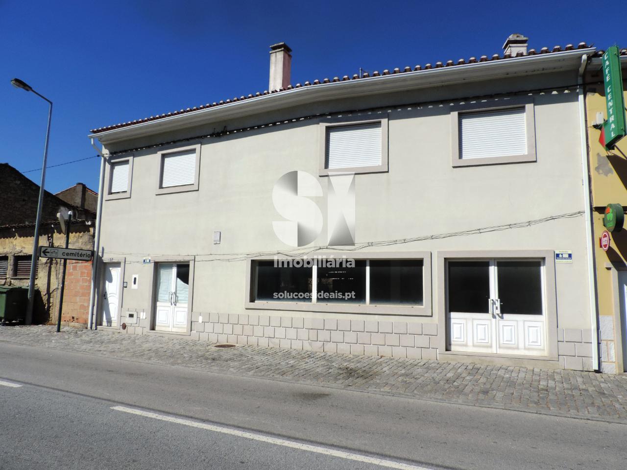moradia em banda t3 para sell em castelo branco uniao das freguesias de escalos de cima e lousa CBZJF220