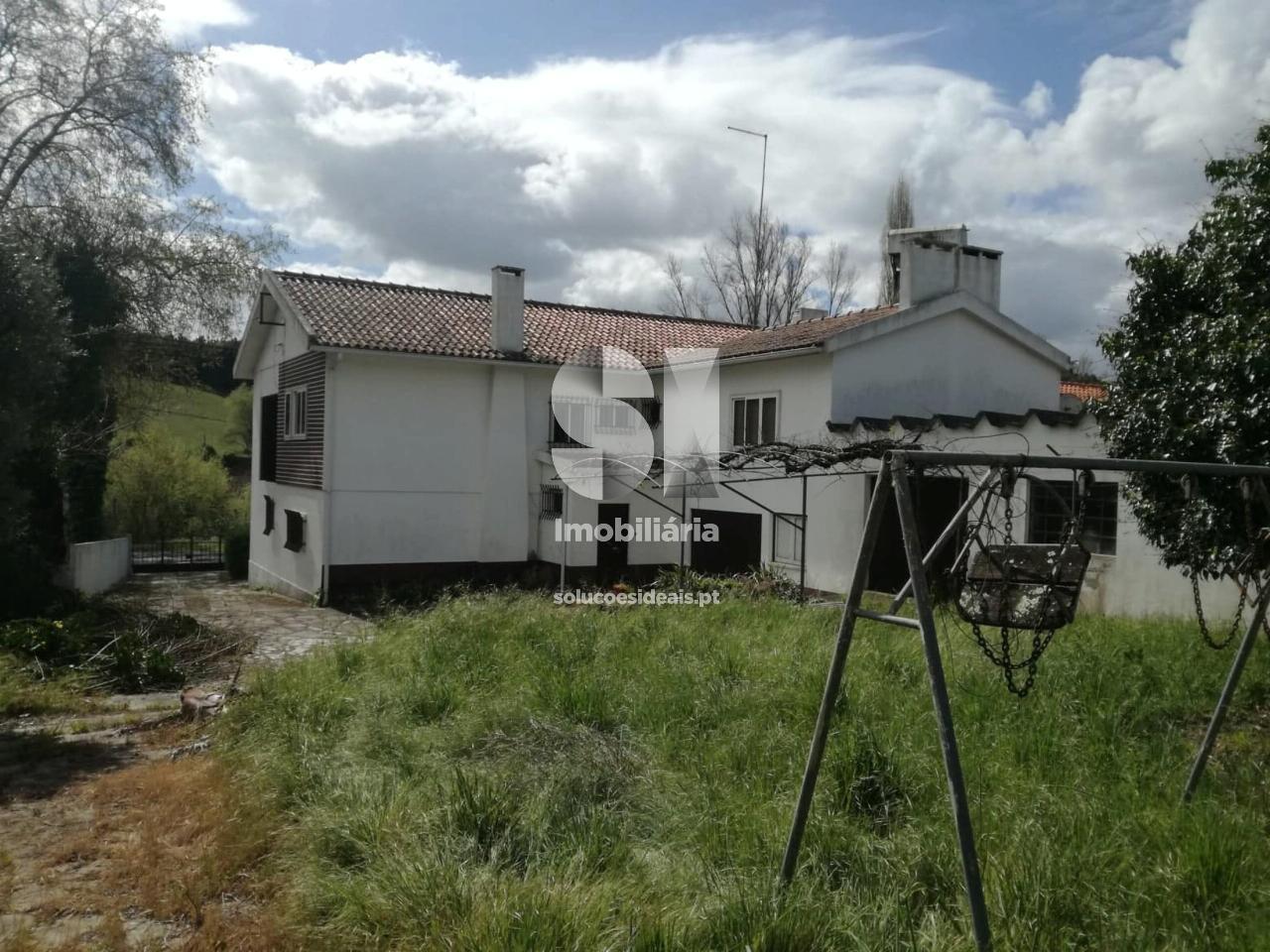moradia isolada t5 para compra em alcobaca barrio ACBLA214