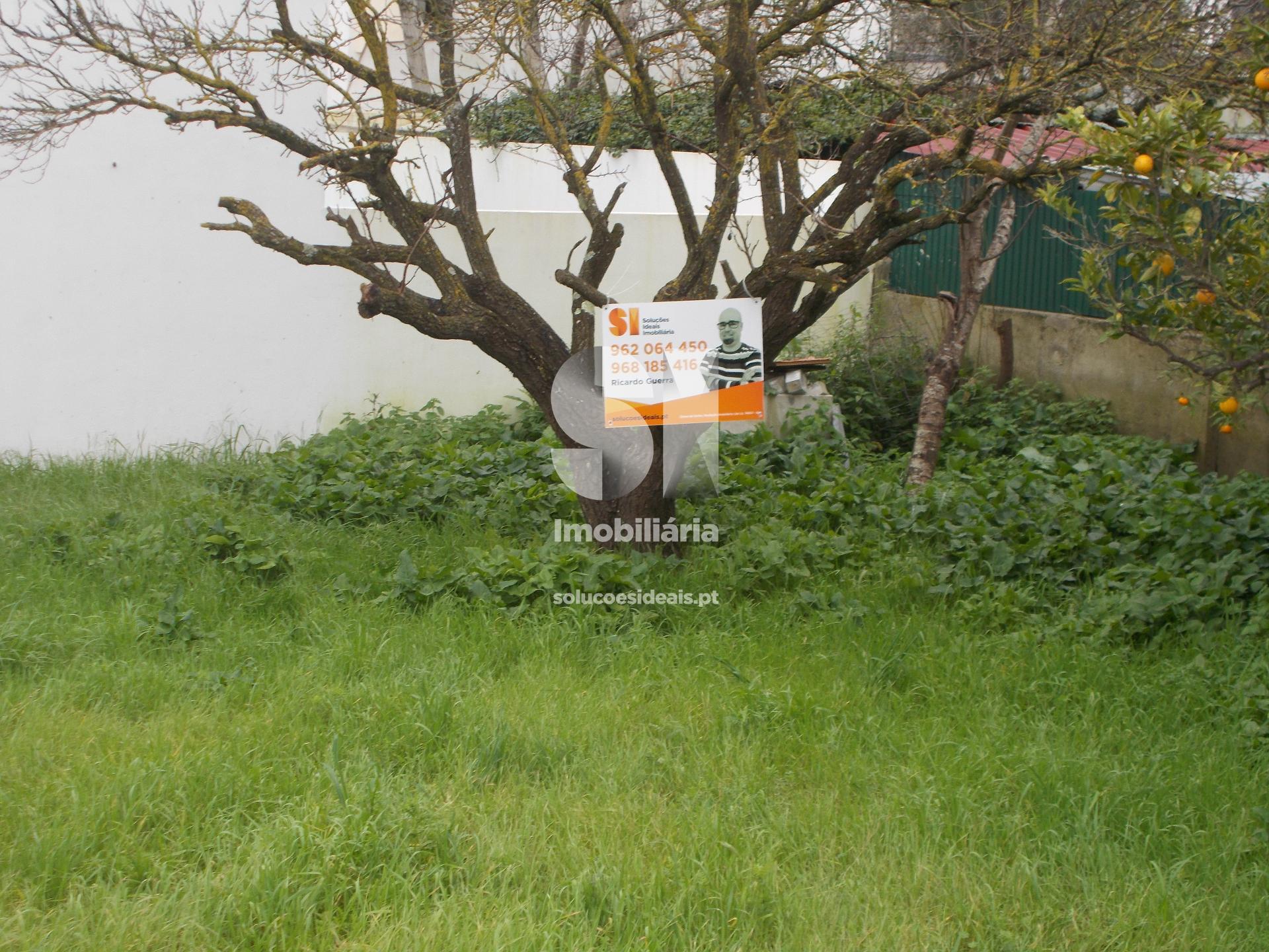 terreno para compra em almada uniao das freguesias de charneca de caparica e sobreda LARRG228