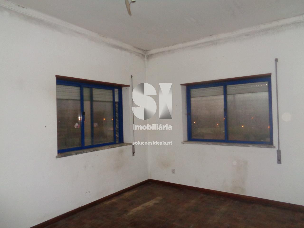 apartamento t2 para compra em miranda do corvo miranda do corvo miranda do corvo LSAFS497