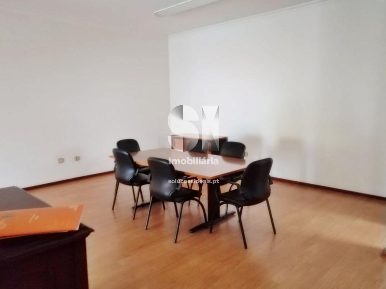 escritorio para arrendamento em guarda guarda GRDMS314