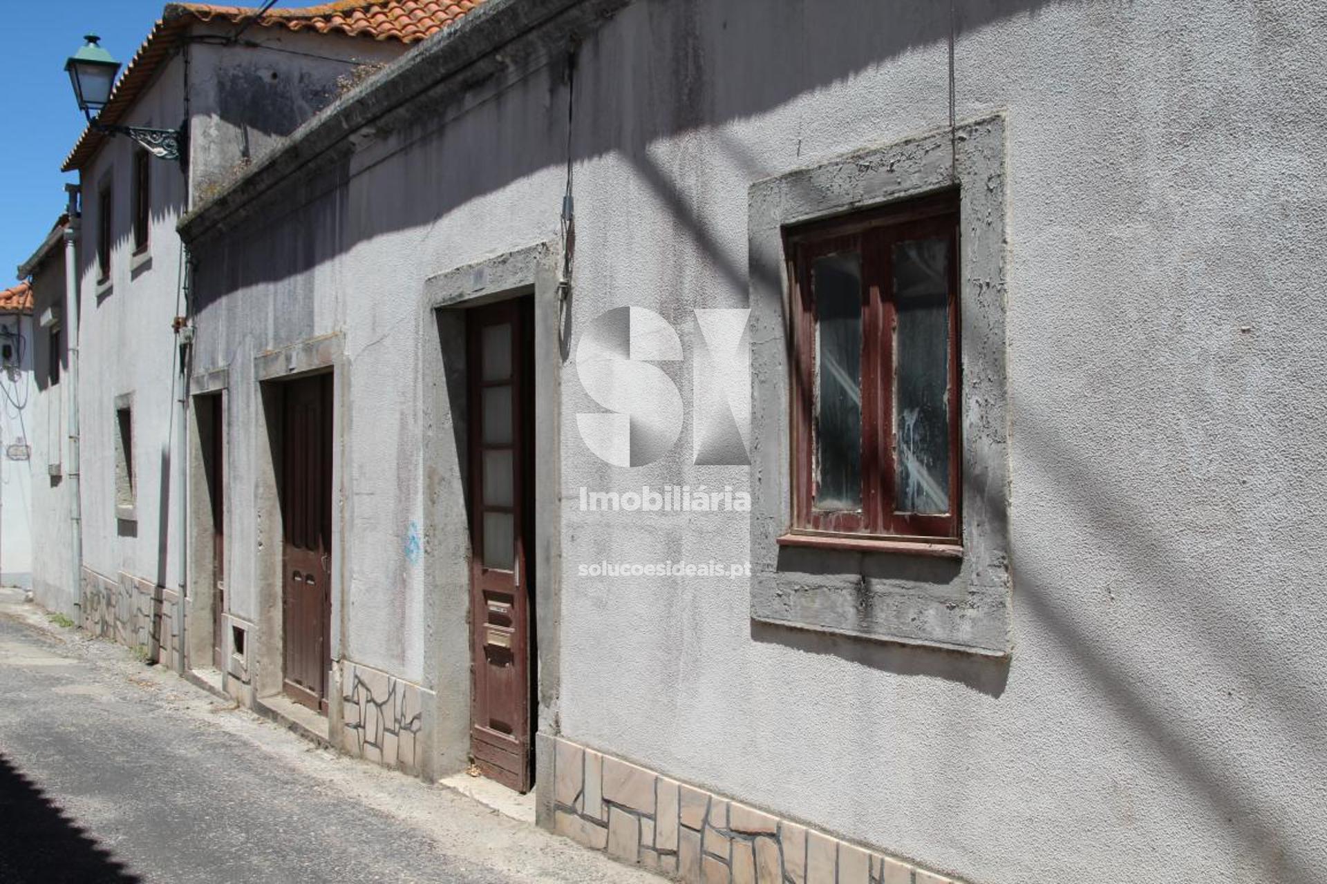 moradia para restaurar t5 para compra em lourinha uniao das freguesias de lourinha e atalaia LFCPM701