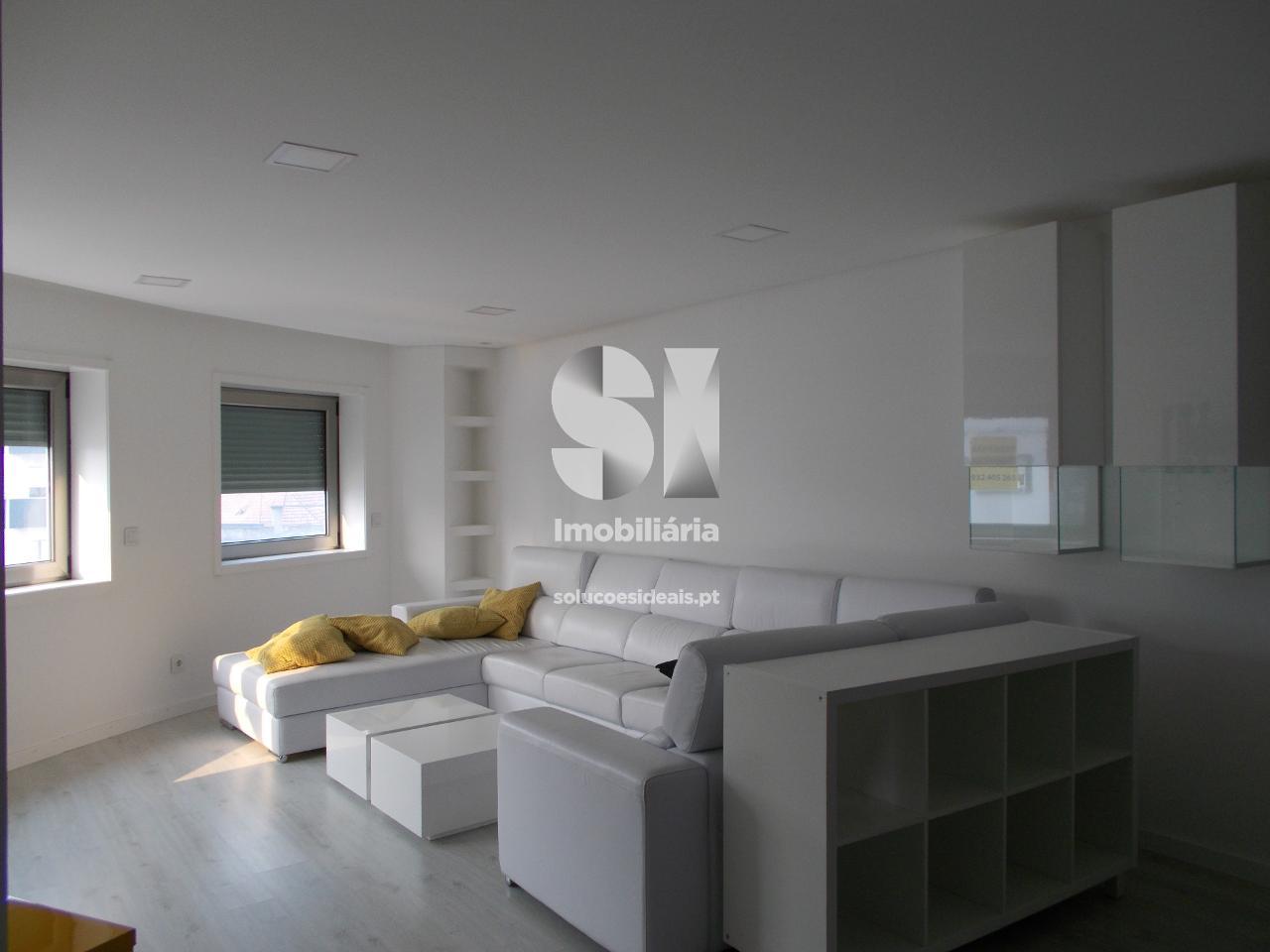 apartamento t3 para arrendamento em aveiro uniao das freguesias de gloria e vera cruz estacao AVGCL1789
