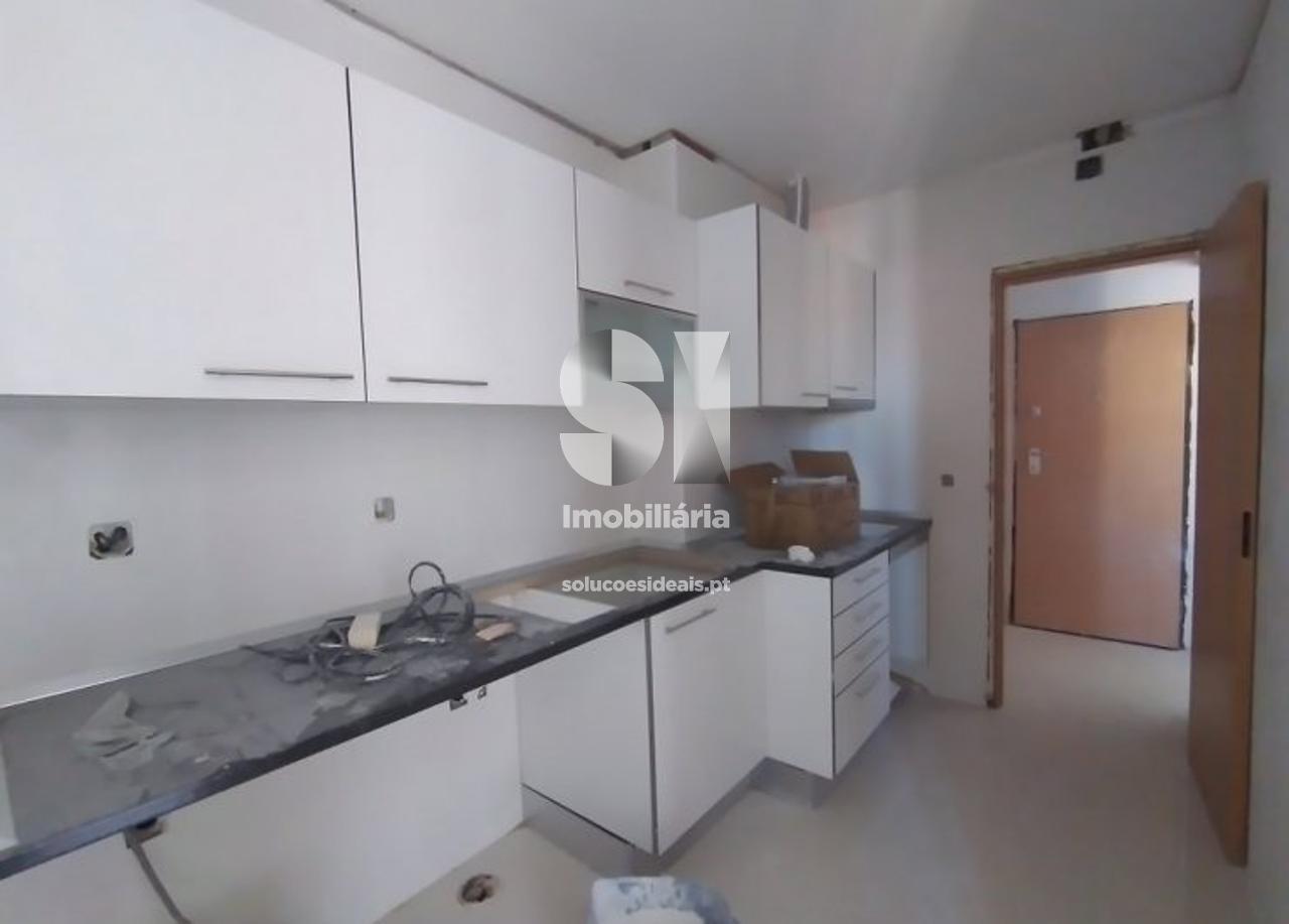 apartamento t3 para compra em seixal amora SXLSS811