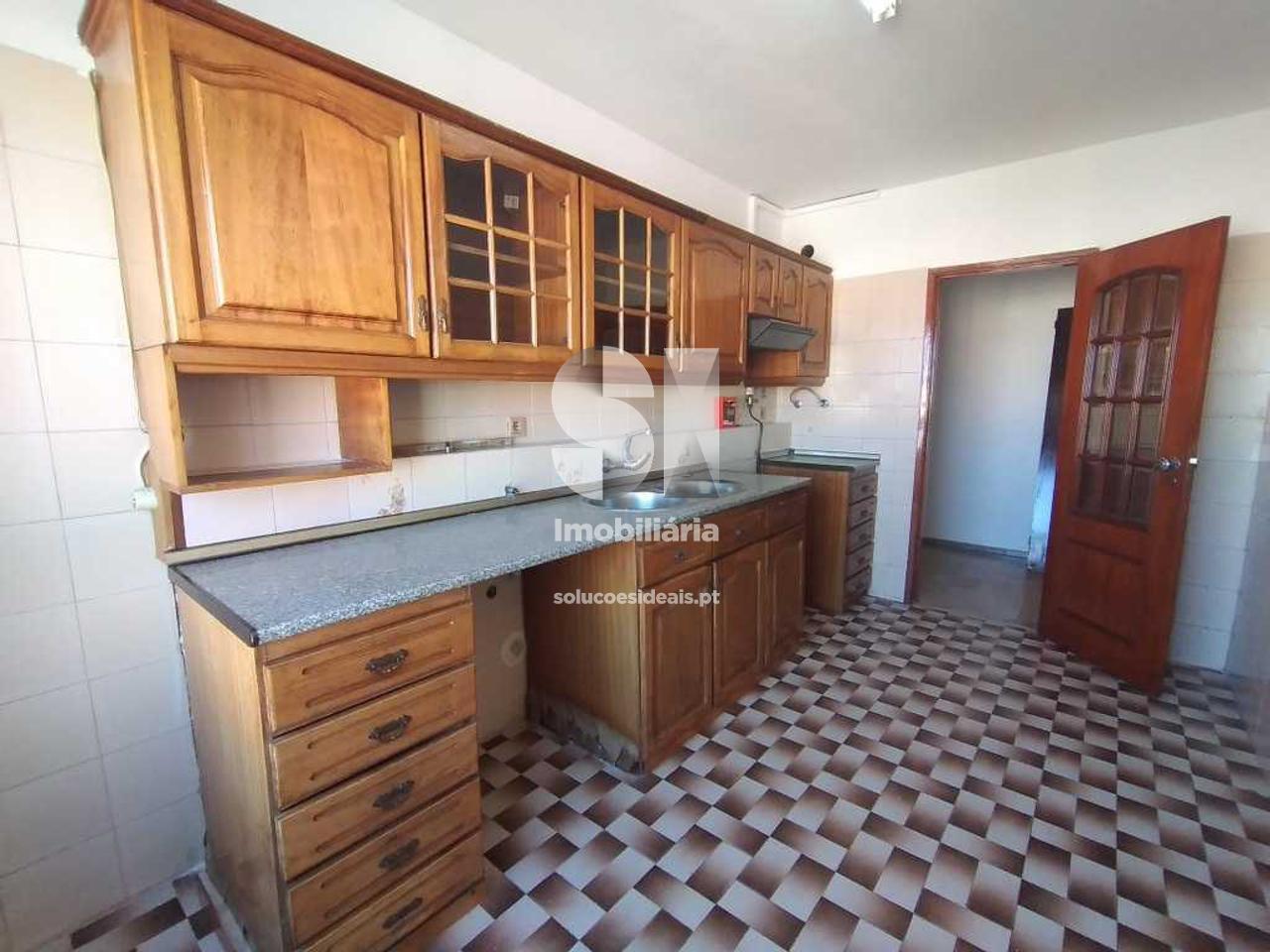 apartamento t2 para compra em seixal corroios SXLSS814