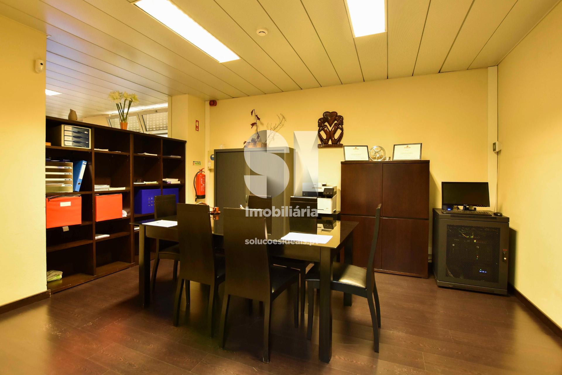 Sala de reuniões - outra perspetiva