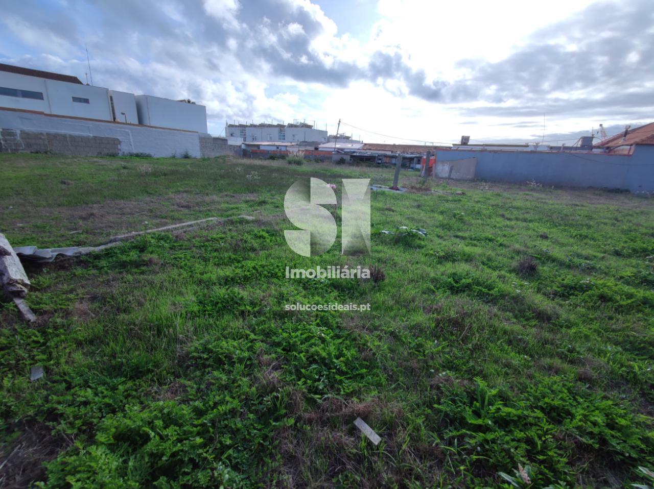 terreno para compra em matosinhos uniao das freguesias de perafita lavra e santa cruz do bispo MCTRG18