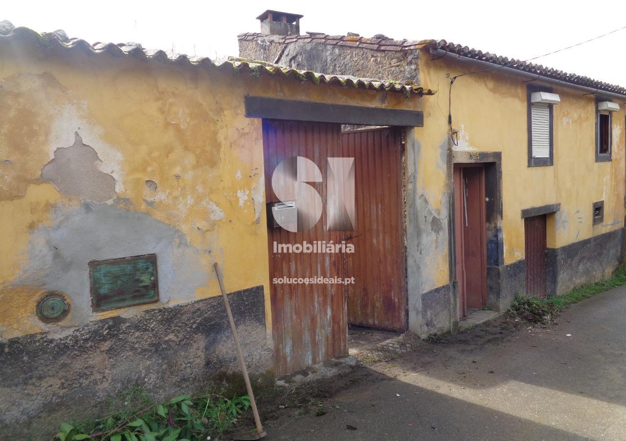 moradia rustica t3 para compra em lousa uniao das freguesias de lousa e vilarinho LSANS574