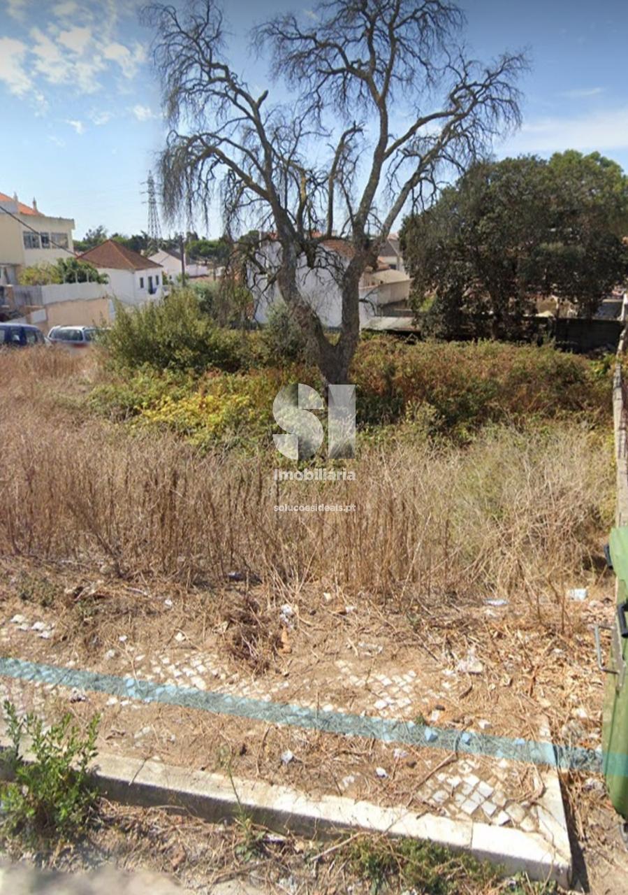 terreno para compra em almada uniao das freguesias de laranjeiro e feijo CHASP127