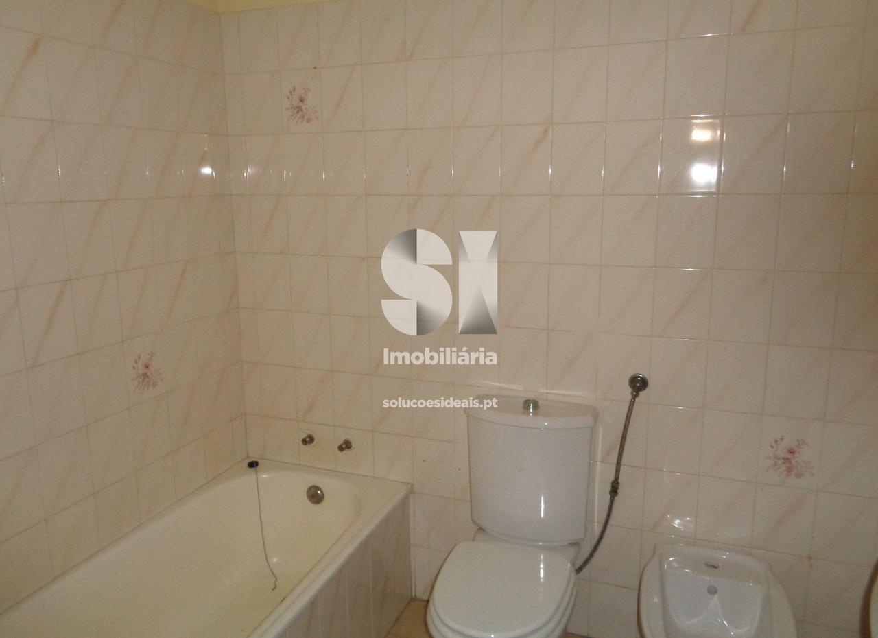 apartamento t2 para compra em vila nova de poiares poiares santo andre LSASS582