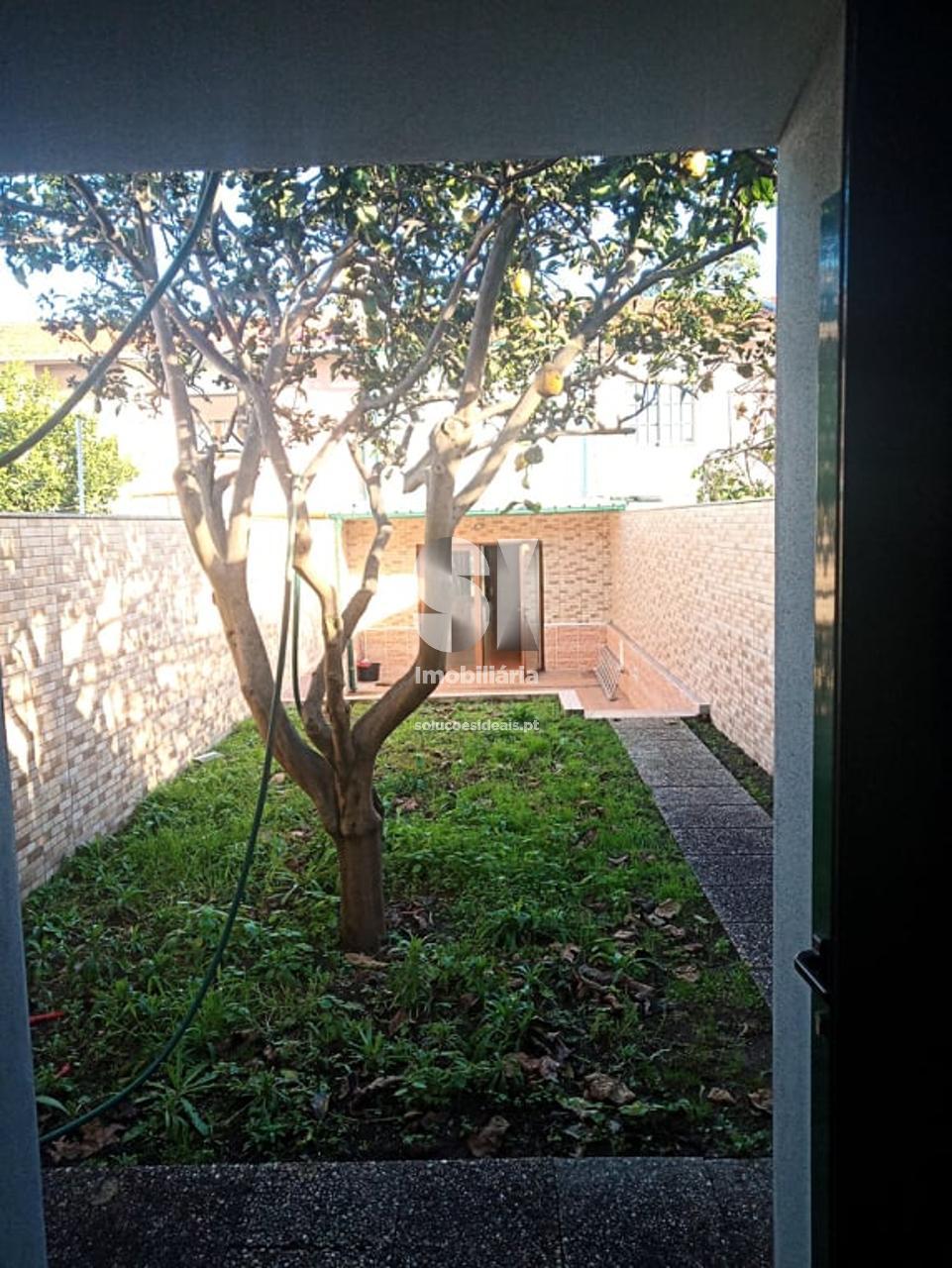 moradia em banda t3 para compra em matosinhos uniao das freguesias de matosinhos e leca da palmeira MAIAM278