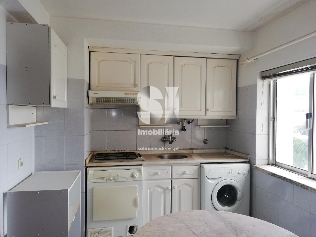apartamento t2 para compra em castelo branco castelo branco CBZ379