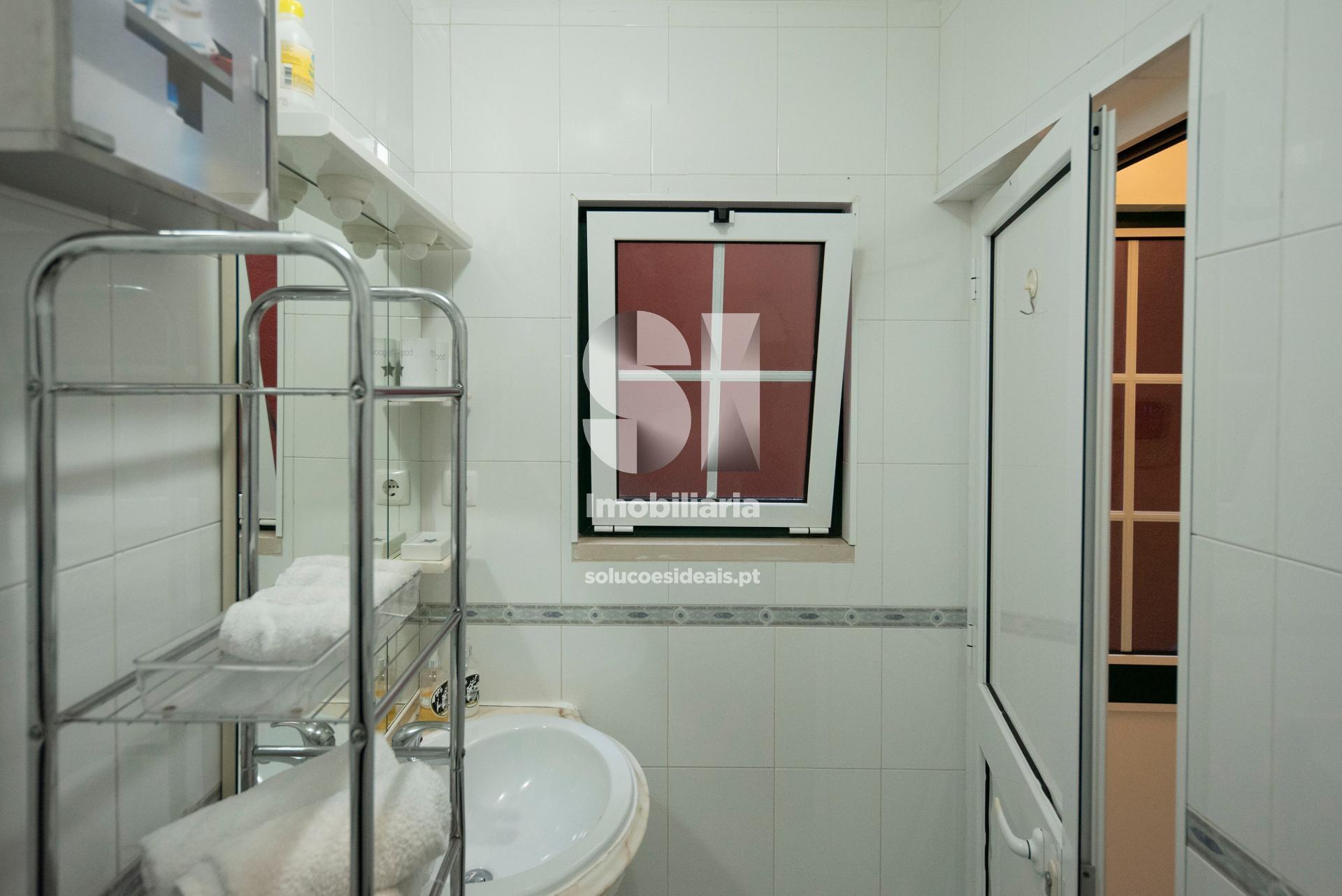 WC com base de duche no AL