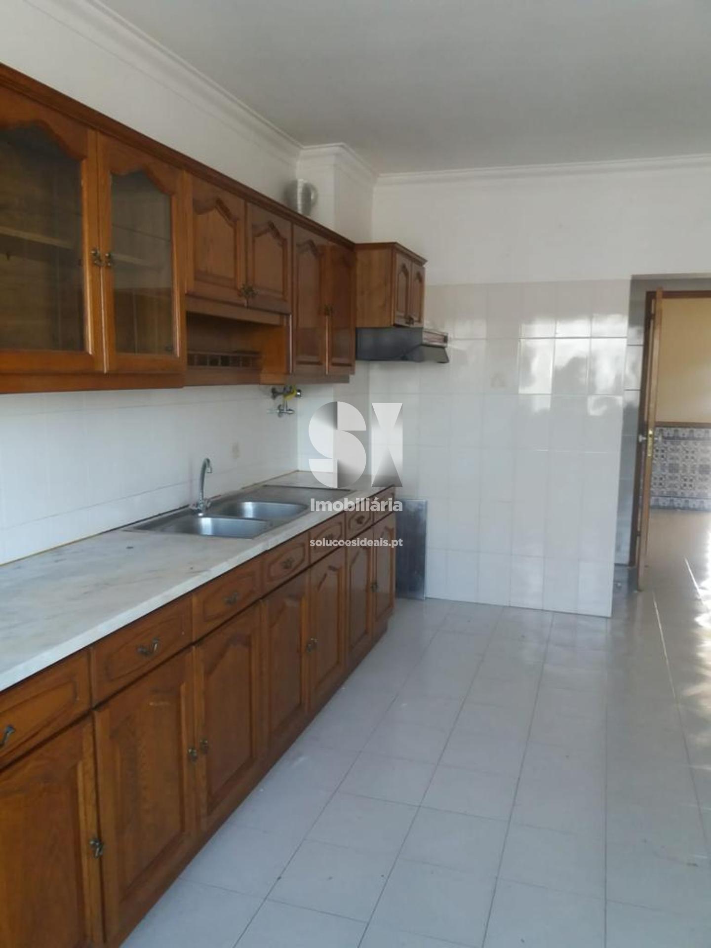 apartamento t3 para compra em montijo uniao das freguesias de montijo e afonsoeiro LARLO674