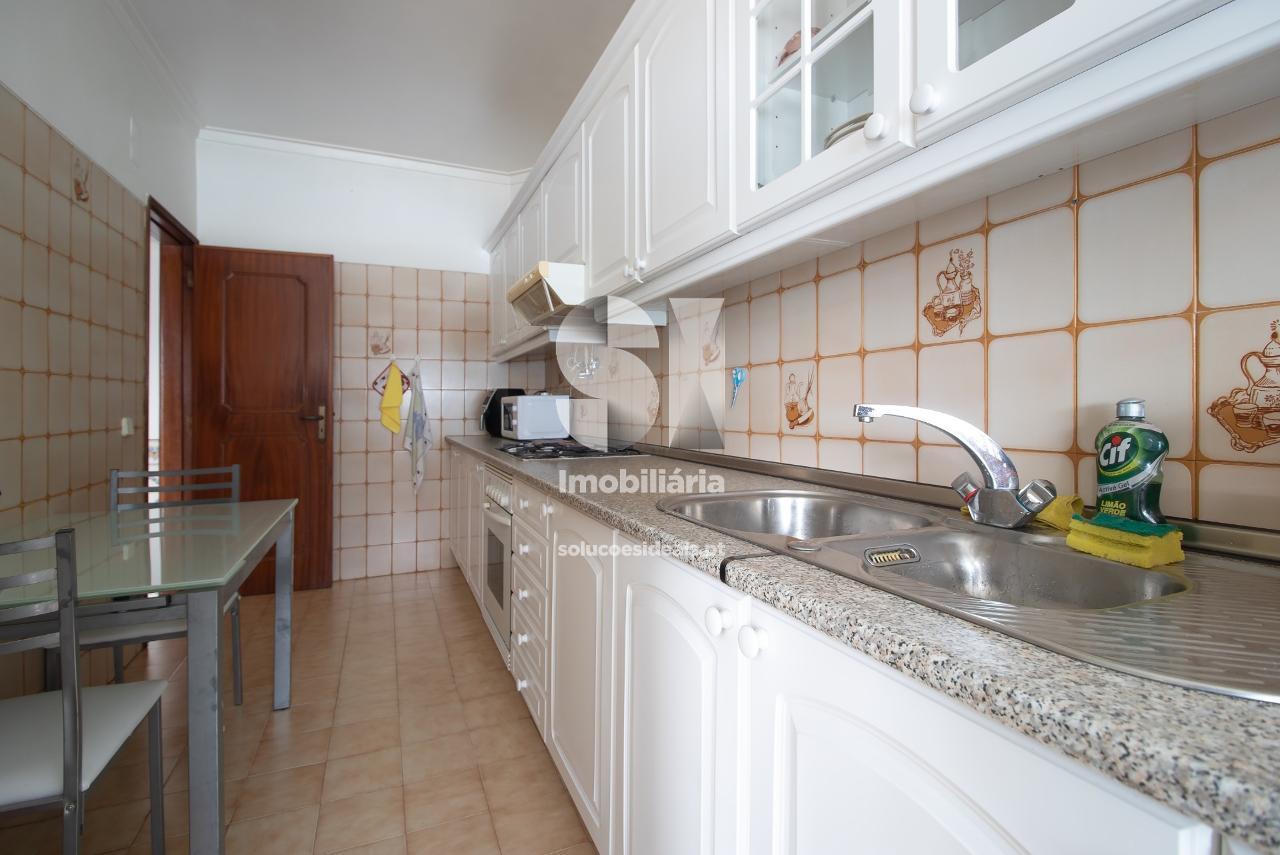apartamento t2 para compra em almada uniao das freguesias de charneca de caparica e sobreda ALMSM680