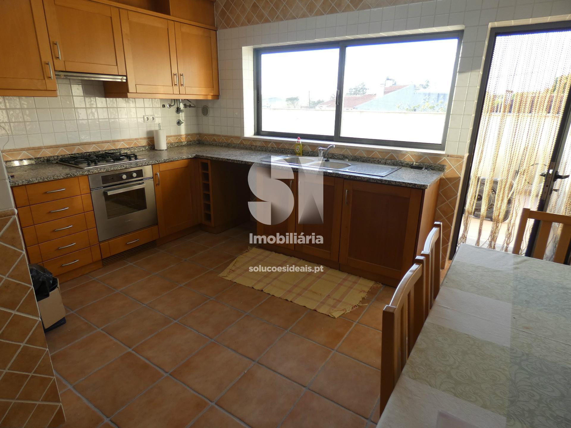 apartamento t3 para compra em anadia uniao das freguesias de tamengos aguim e ois do bairro MEATM3063
