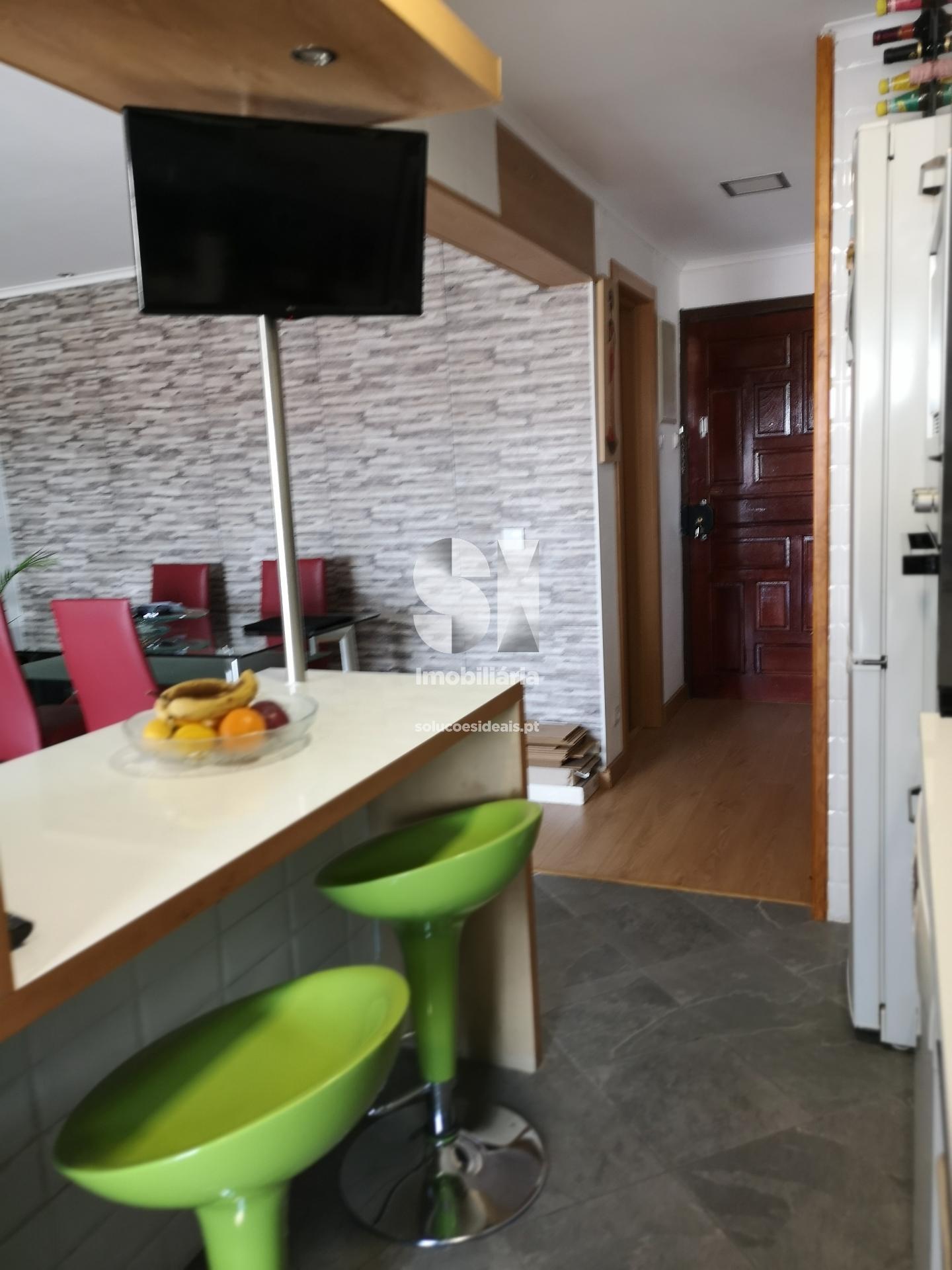 apartamento t2 para compra em almada uniao das freguesias de laranjeiro e feijo ALMCC707