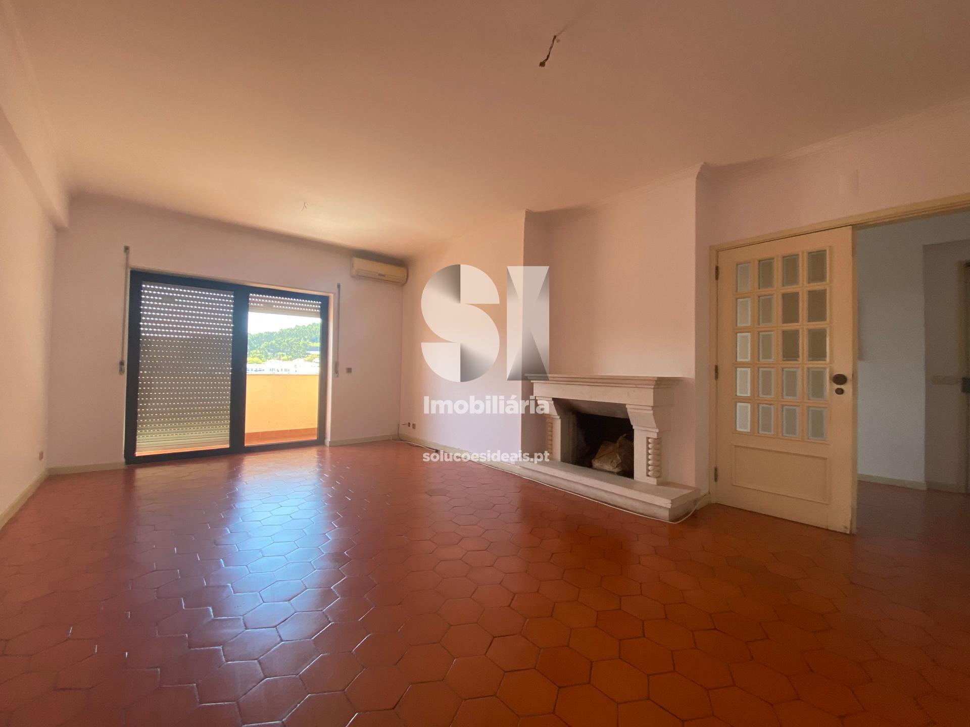 apartamento t21 para arrendamento em coimbra santo antonio dos olivais norton de matos SEDVM9736