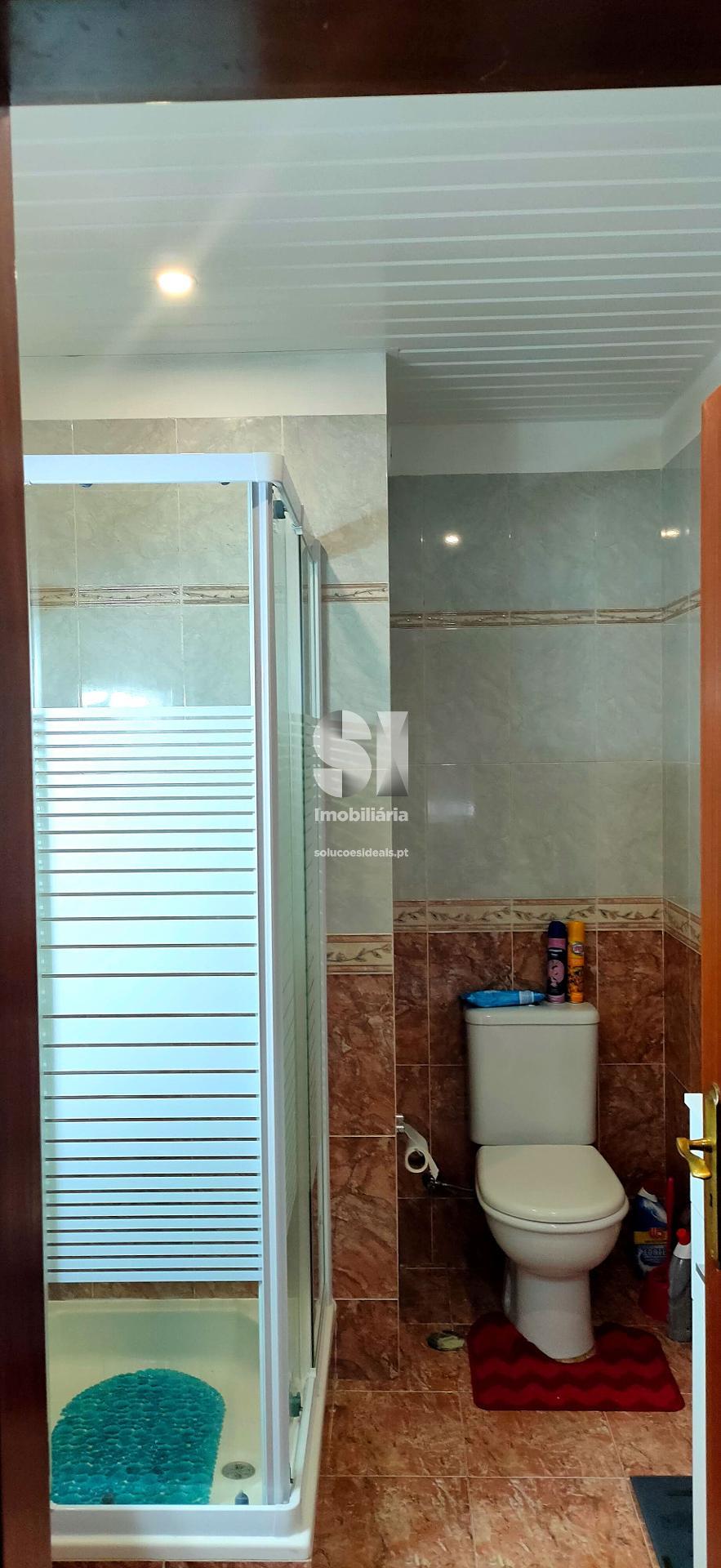 Casa de banho no piso de baixo