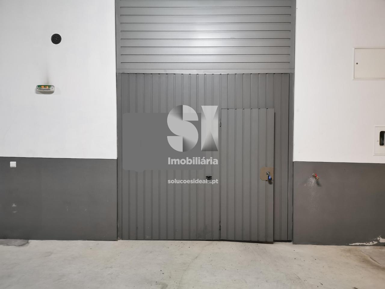 garagem para arrendamento em coimbra santo antonio dos olivais norton de matos SEDDME9737_1