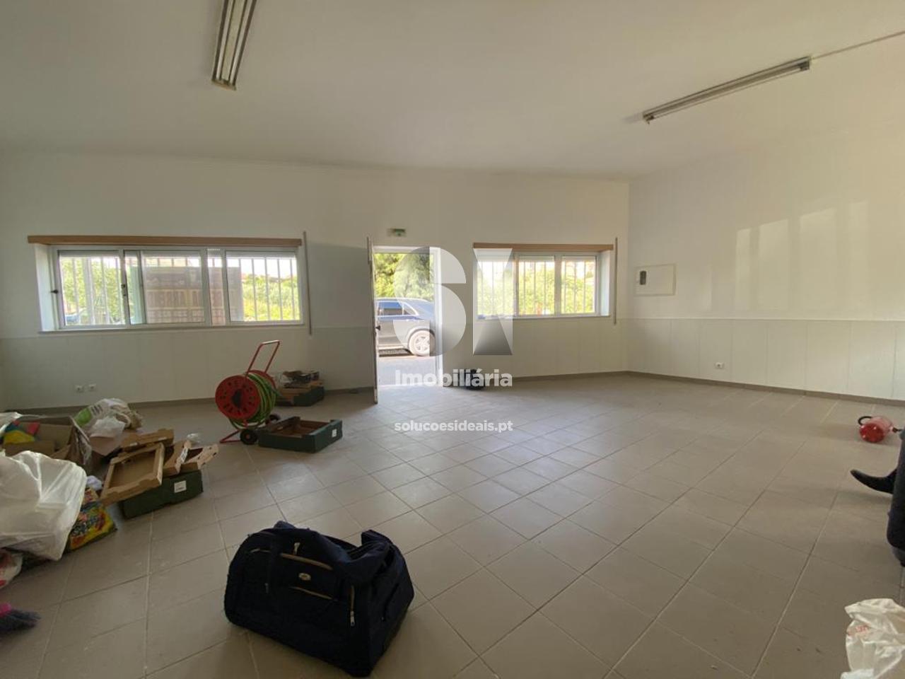 loja para arrendamento em coimbra uniao das freguesias de souselas e botao SEDDME9742
