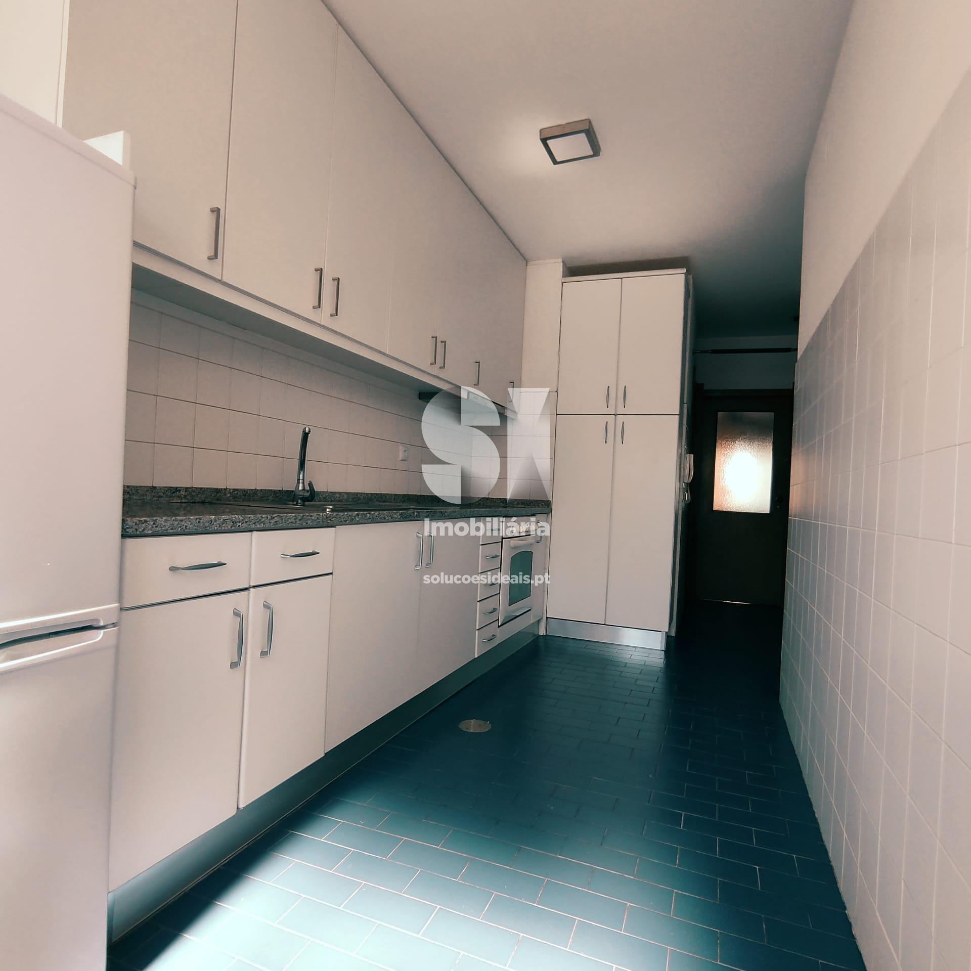 apartamento t3 para compra em maia cidade da maia MAICN296