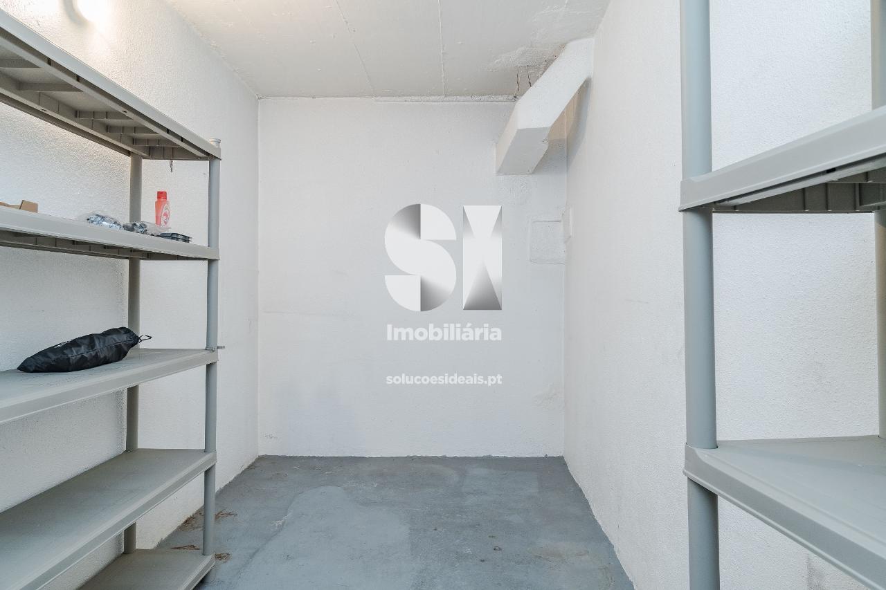 apartamento t1 para compra em lisboa penha de franca LVASL275
