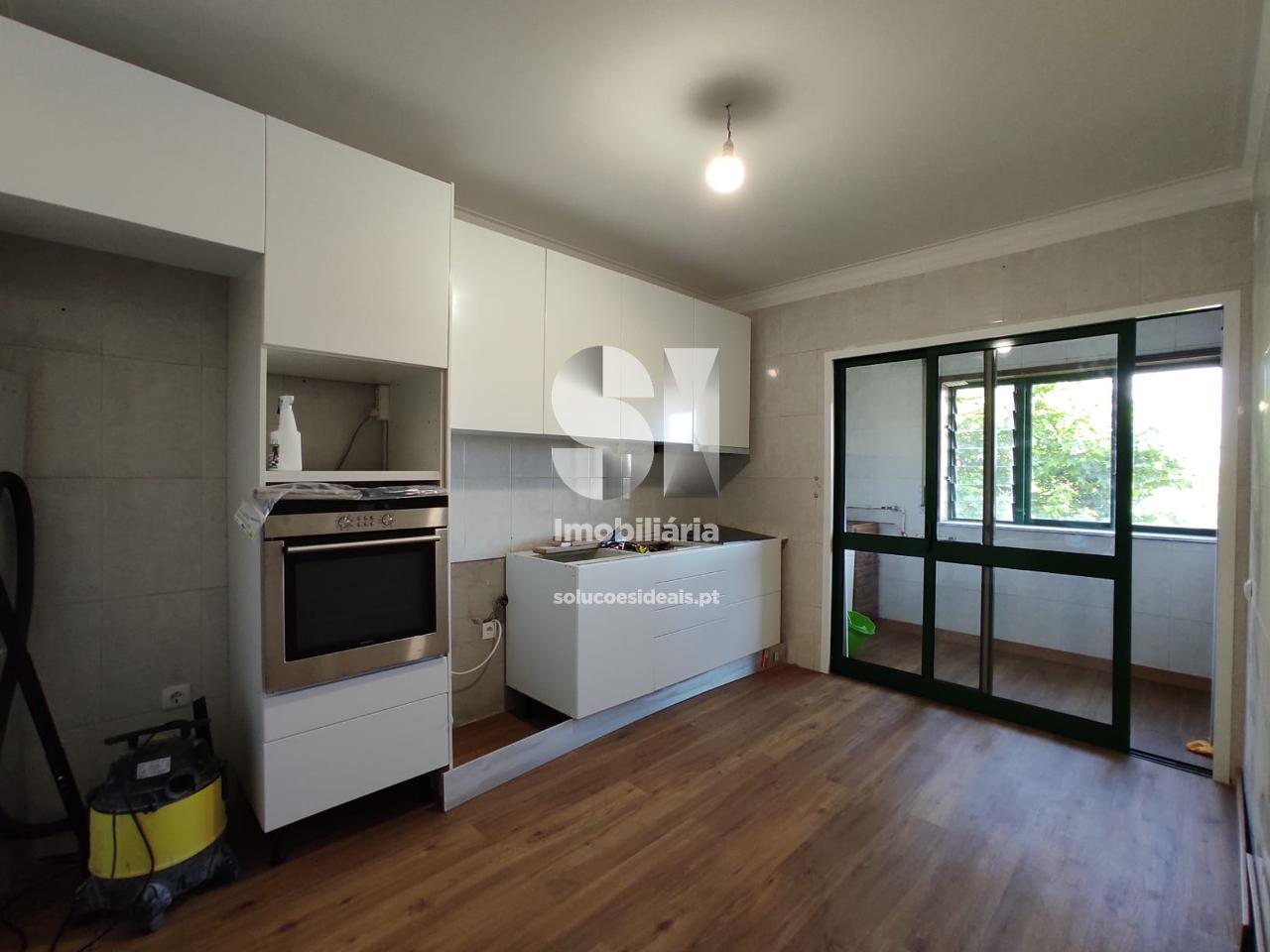 apartamento t2 para compra em maia moreira MAIMV302