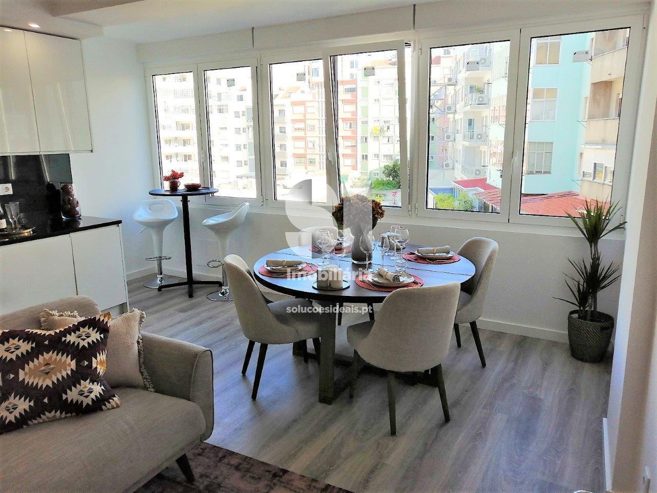 apartamento t2 para compra em lisboa alvalade LARLO752