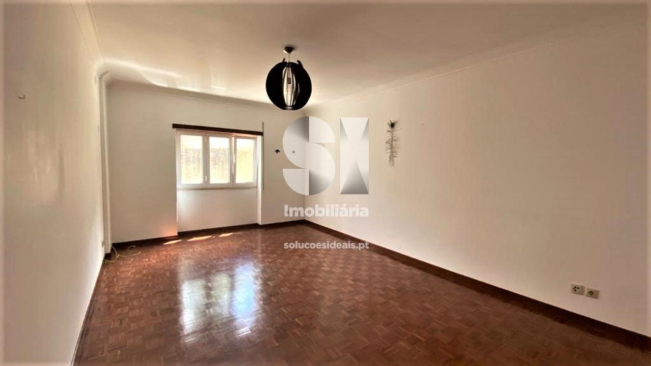 apartamento t3 para arrendamento em coimbra santo antonio dos olivais olivais CELAJ2698