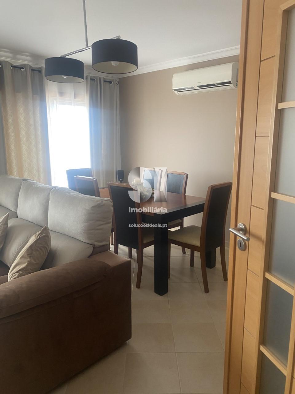 apartamento t4 para compra em vila real de santo antonio vila real de santo antonio CMPCP153