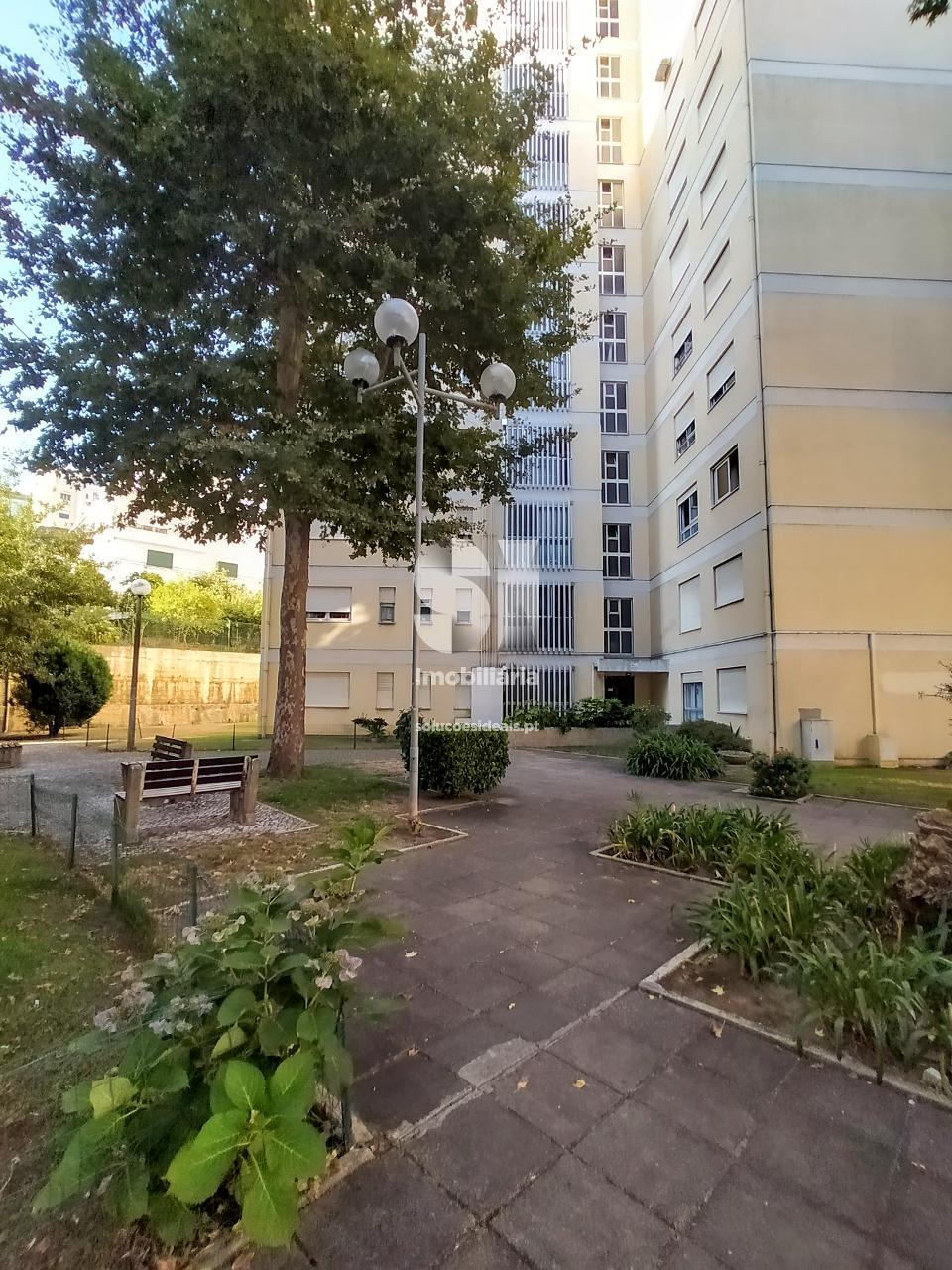apartamento t3 para compra em coimbra santo antonio dos olivais vale das flores CPTLCG263