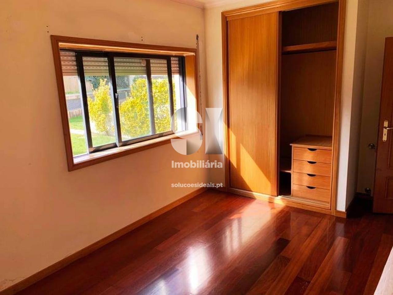 apartamento t11 para compra em maia castelo da maia MCTIR56