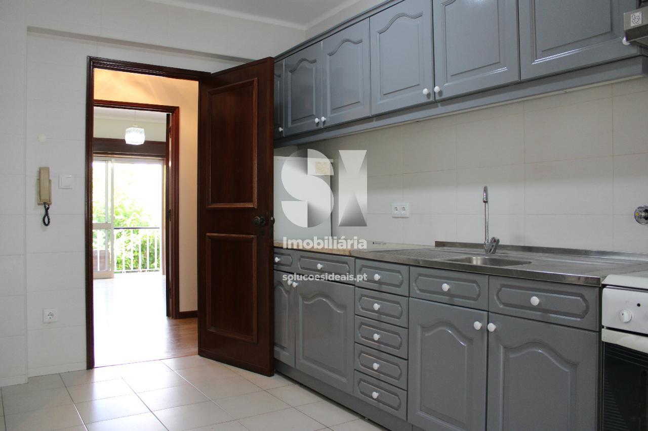 apartamento t2 para compra em aveiro uniao das freguesias de gloria e vera cruz AVGLB1871