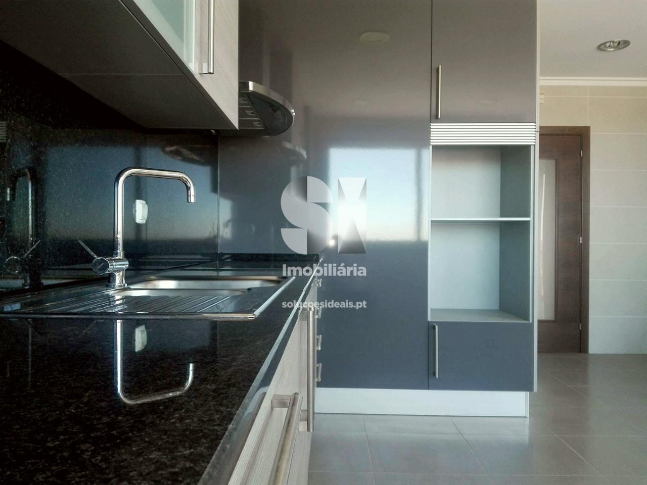 apartamento t4 duplex para compra em guarda guarda GRDAB87