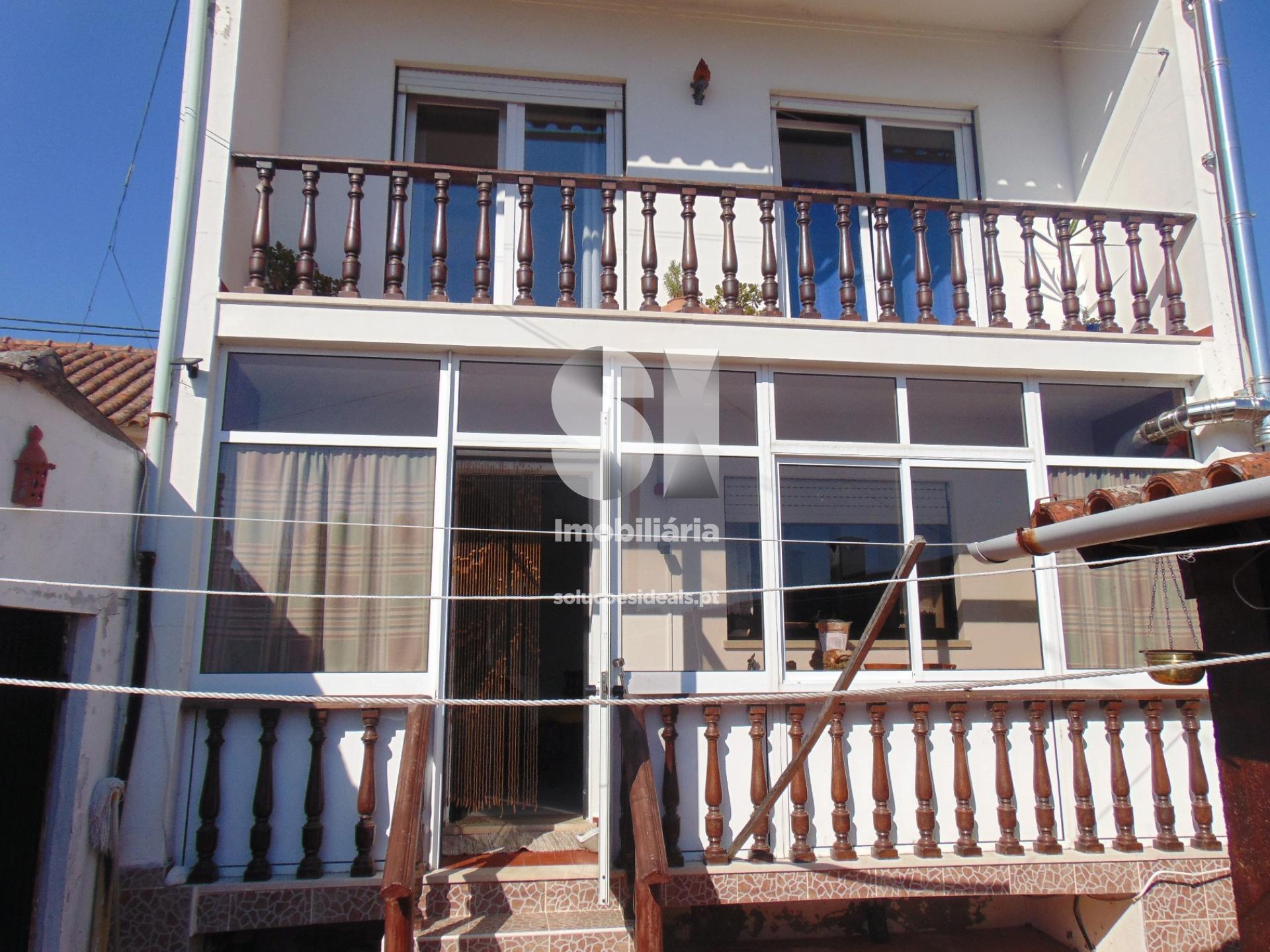 moradia isolada t3 para compra em alcobaca barrio ACBAD102