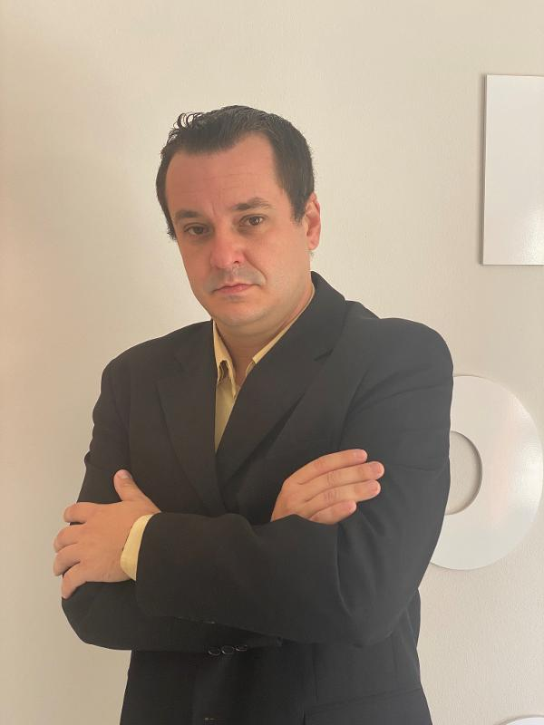 Daniel Medeiros